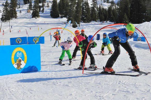 Skischule Lech mit Kinderbetreuung