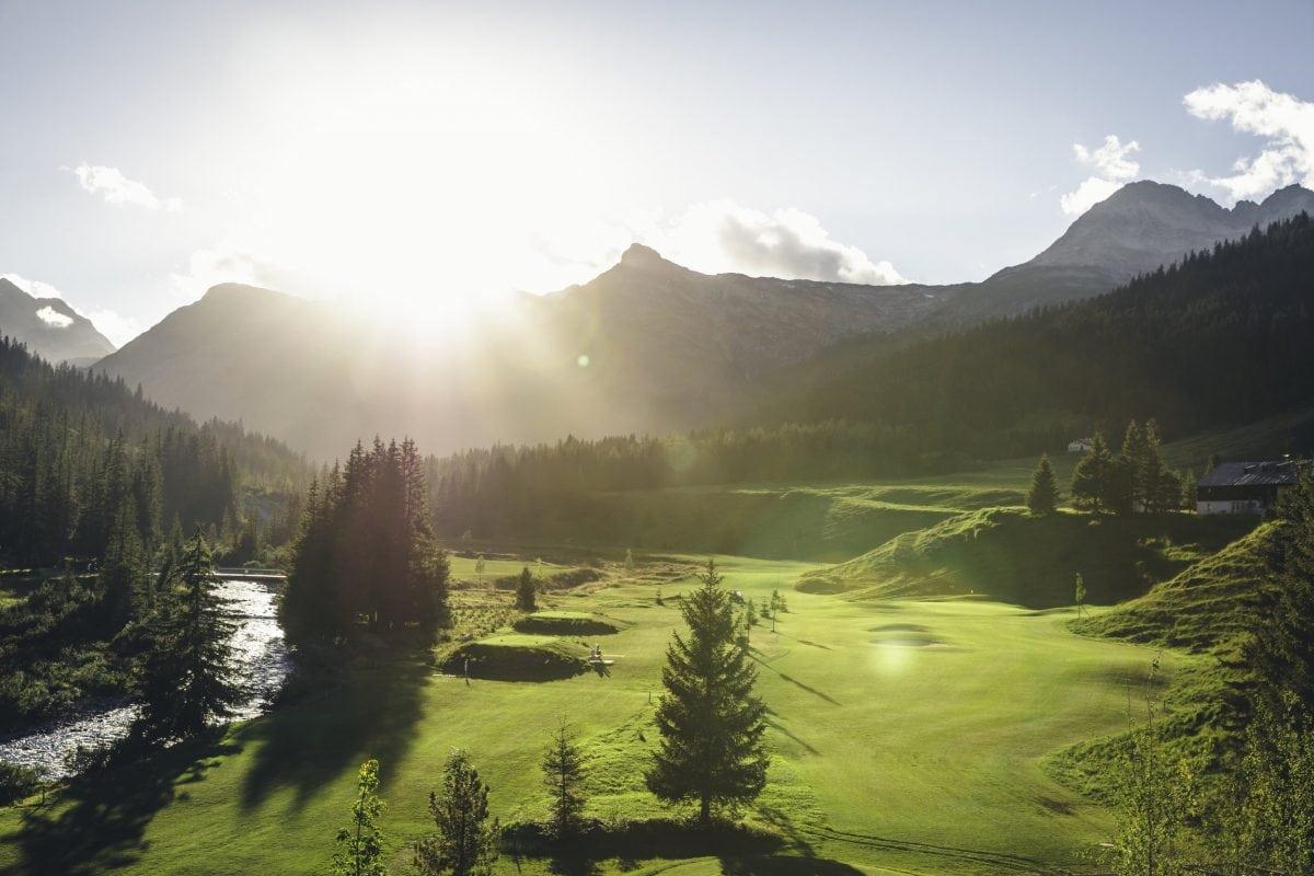 Golf-Zug_lech-zuers-tourismus_ChristophSchoech-90.jpg