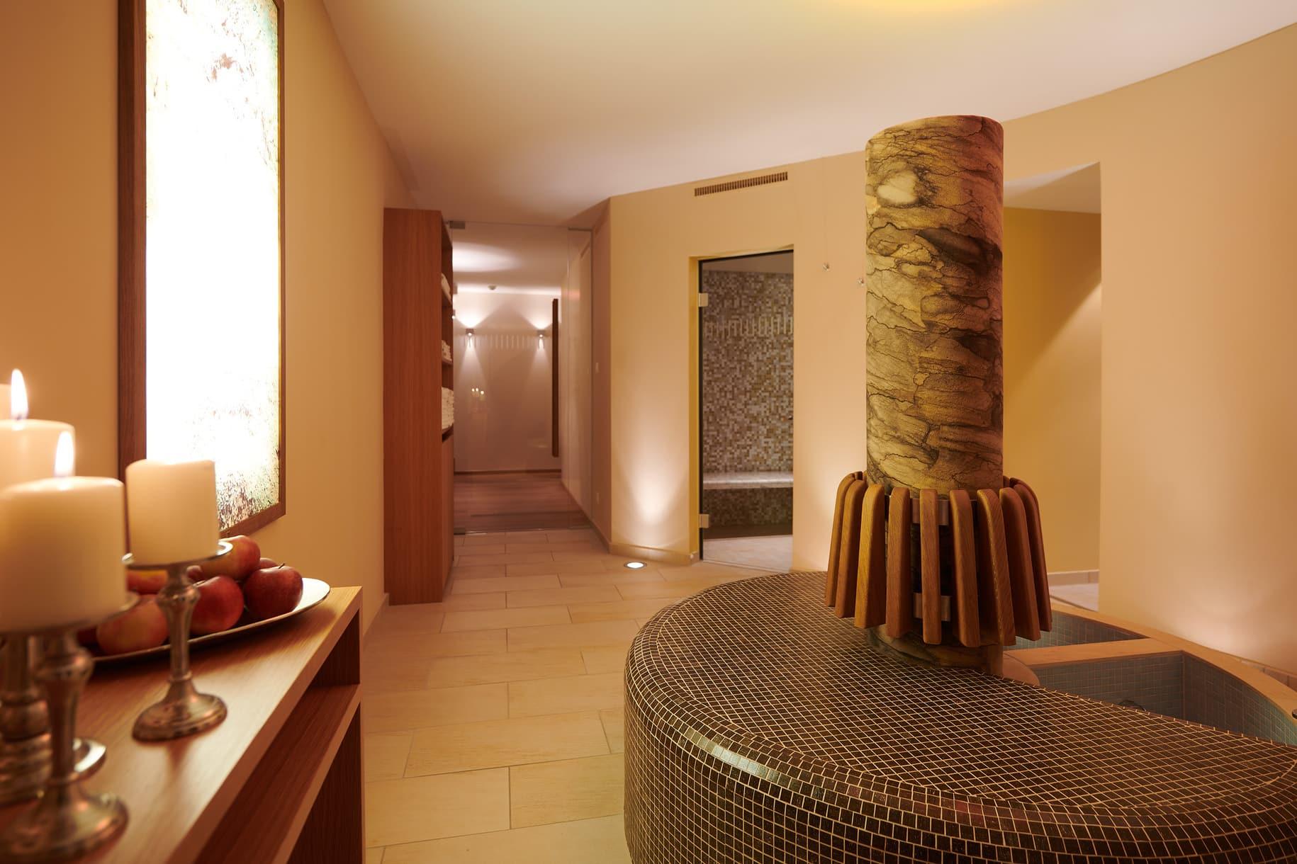 Ein Wellnessbereich mit Sauna & Massage im Hotel Garni Schneider