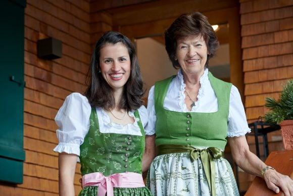 Hotel Garni Schneider's herzliche Gastgeber Carola Muxel & Inge Schneider