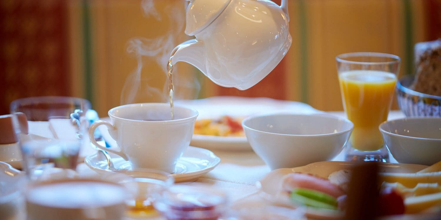 A perfectly tailored breakfast service at the Hotel Garni Schneider
